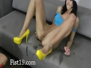 Incredible analhole fisting till elbow
