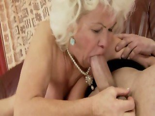 Fat mature bbw granny riding and sucking for lucky guy