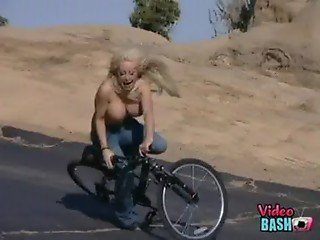 Hot Girl Bails Hard Off Bike
