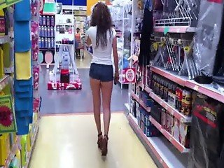 Booty Shorts in supermarket