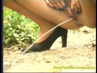 young chicks peeing outdoor