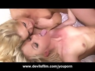 Facial and Cumswapping Compilation with Threesomes