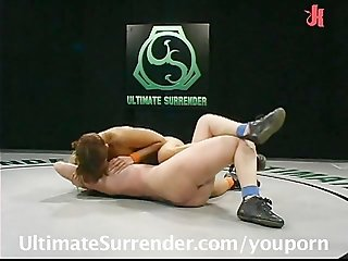 Naked wrestlers fight for their victory!