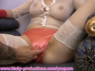 MILF pussy, big tits and ass feelup
