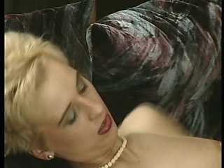 Sexy short hair blonde craves a pussy pounding. (Clip)