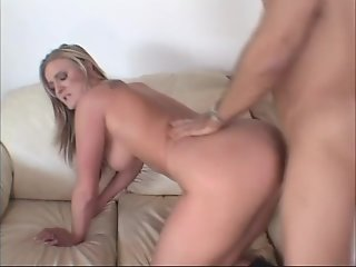 19 year old sucks a good cock - Un-Plugged