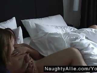 SEDUCTIVE WAKE UP CALL THREESOME – AMATEUR WIVES