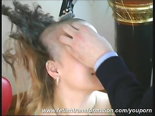 Real bizarre Girl loosing her long hair