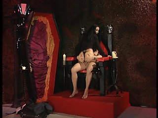Sexy vampire screws her assistant