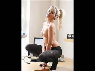 Slideshow - Blonde secretary flirt whit the boss