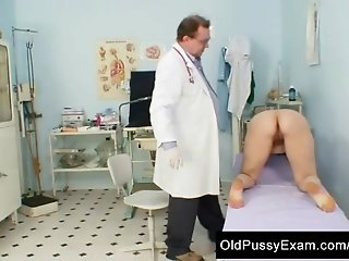 Unpretty mature wife at pervy gyno doctor.