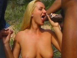 Blonde hitchhiker fucks in a jeep