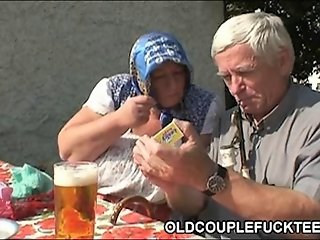 Outdoor drinking and threesome