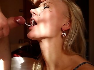 Beautiful blonde gets HUGE MESSY facial in hotel room