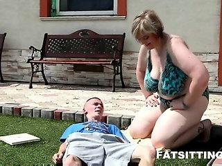A session of shoking BBW humiliation & face-sitting