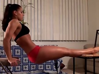 Michelle Jacot sexy Workout part 1