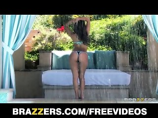 Brazzers - Curvy Latina Jynx Maze oiled up for anal