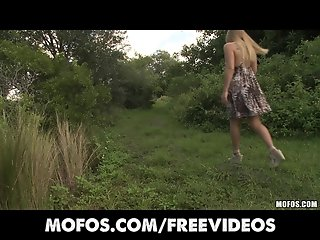 Mofos - Natural big-booty blonde rubs her pussy in public
