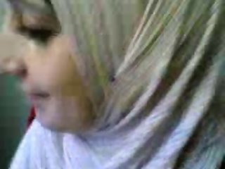 Hijab arab girl boobs flash