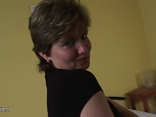Housewife loves to show what makes her horny