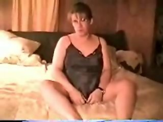 Highly Pregnant Silvia cums with Huge toys